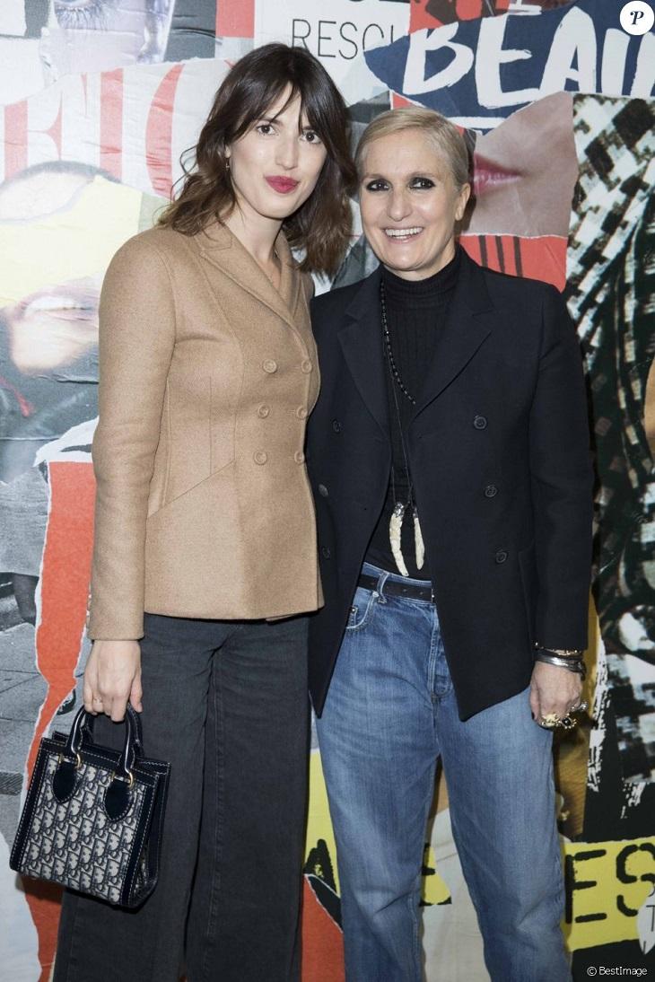 ELLE Việt Nam - Thời trang đẳng cấp lấn át dàn khách mời của Cara Delevingne trong ngày trở lại Dior (1)