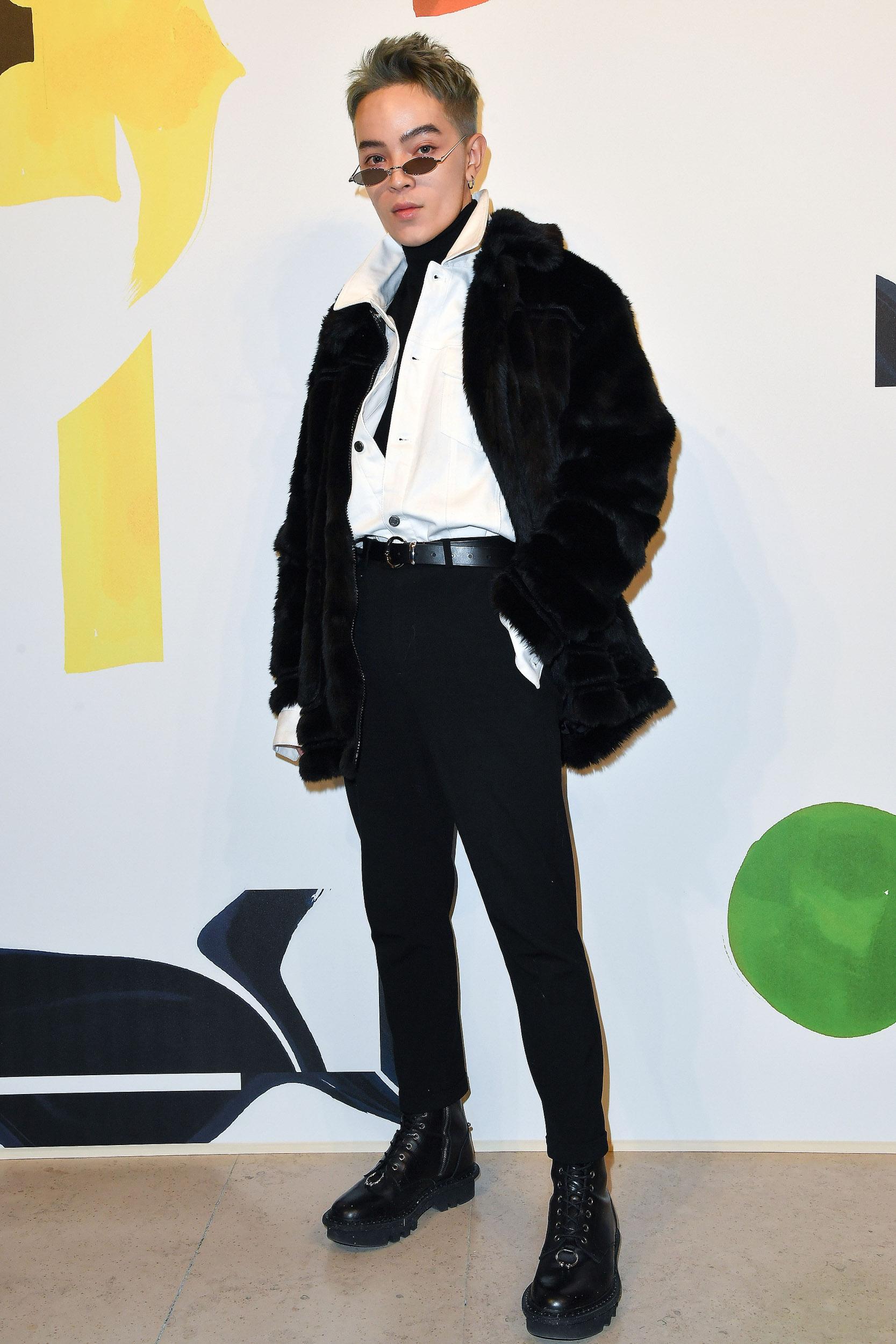 Fashionista Châu Bùi, Kelbin Lei diện nguyên set trang phục H&M đến tham dự Paris Fashion Week