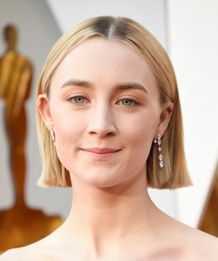 """Các kiểu tóc giúp các sao nữ """"mê hoặc"""" người hâm mộ tại Oscar 2018"""
