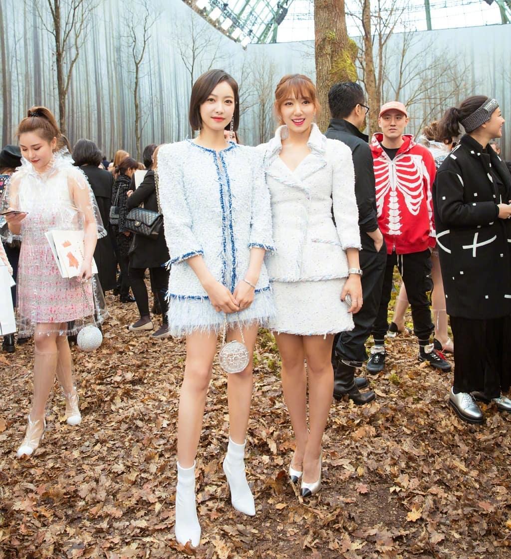 Vợ chồng Châu Kiệt Luân sánh đôi trên hàng ghế đầu show Chanel Thu - Đông 2018
