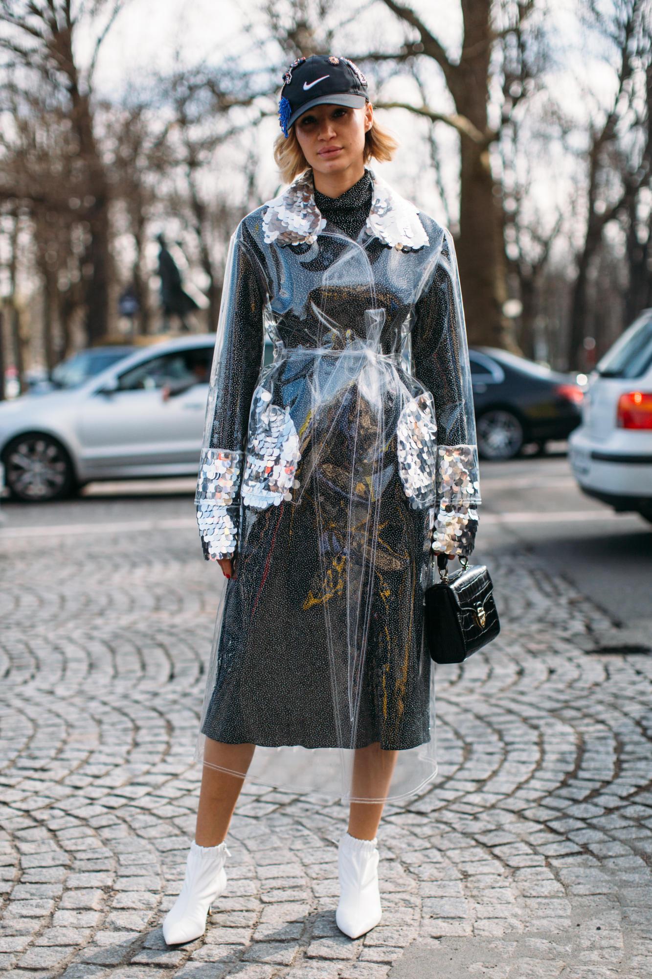 Thương hiệu Chanel street style Tuần lễ thời trang Paris 2