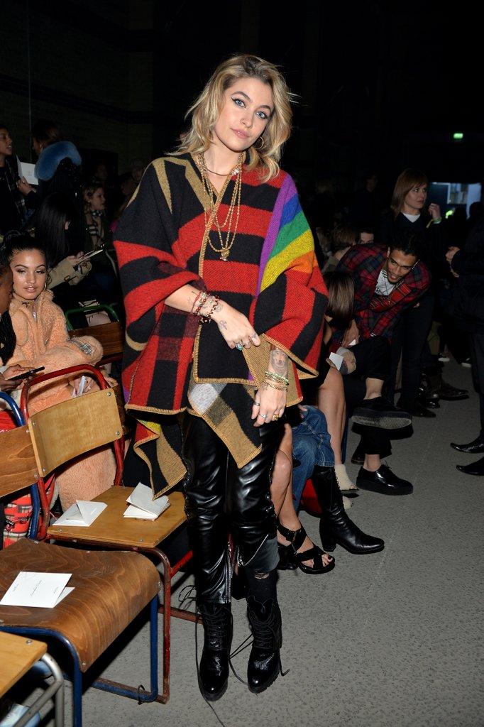 Từ đường phố đến thảm đỏ, phong cách thời trang của diễn viên Paris Jackson đã thay đổi đáng kinh ngạc