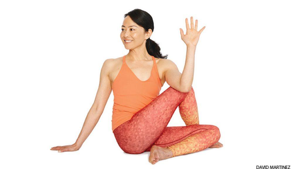 bài tập yoga trị đau mỏi vai gáy 7