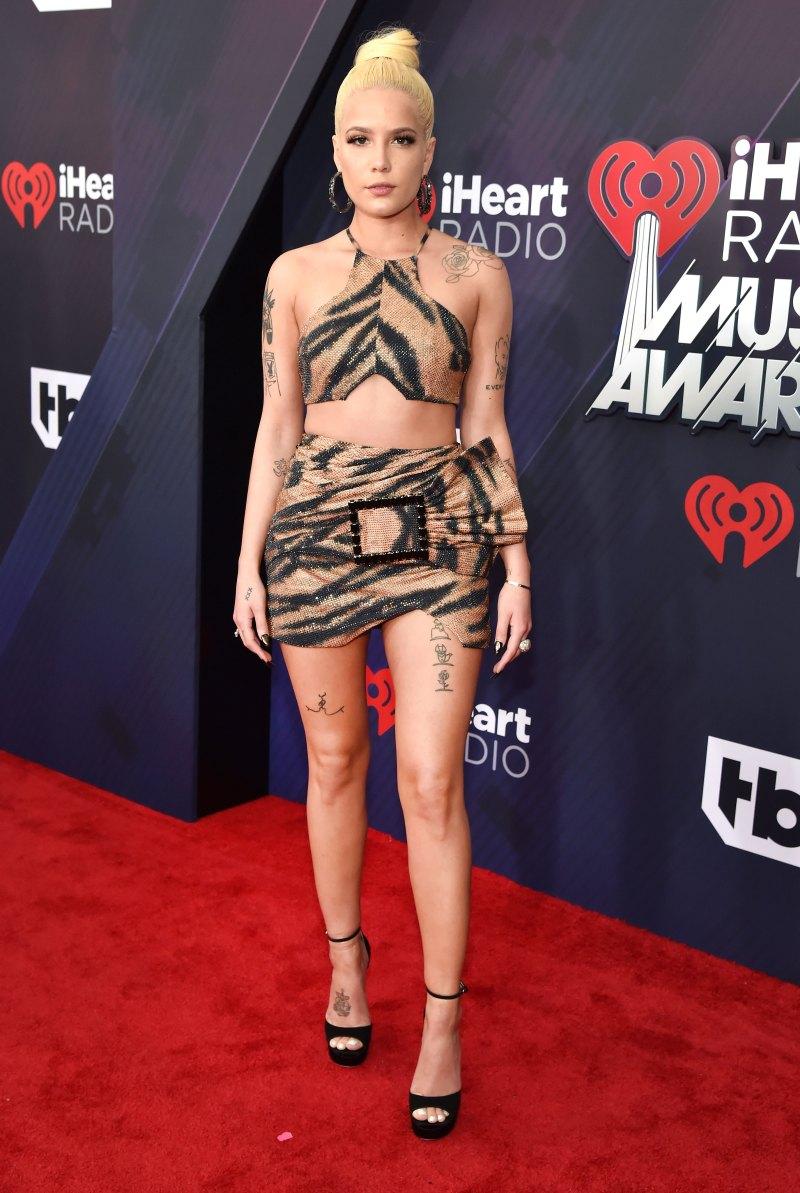 Trang phục thảm đỏ lễ trao giải iHeartRadio 2018 9
