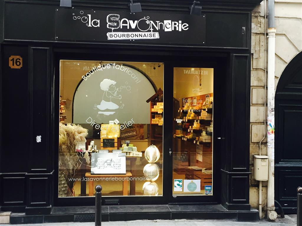 Du lịch Paris mua mỹ phẩm La Savonnerie Bourbonnaise: