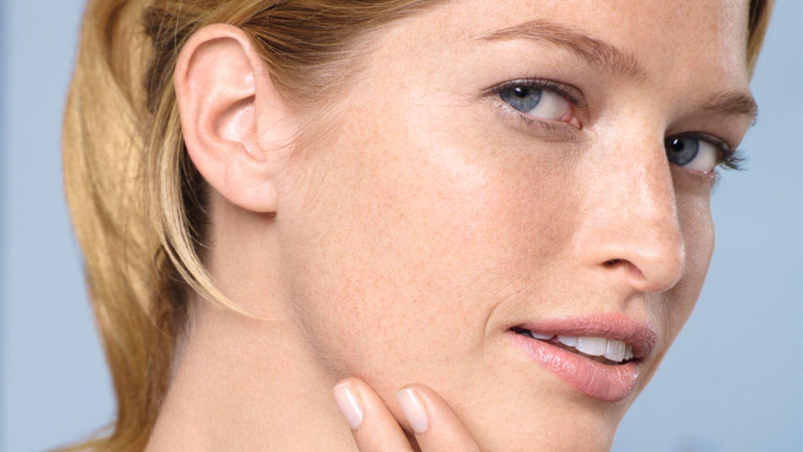 Da mặt khô phải làm sao? Cách xác định nguyên nhân và điều trị | ELLE
