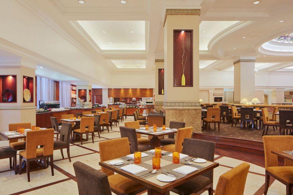khách sạn Sheraton 4