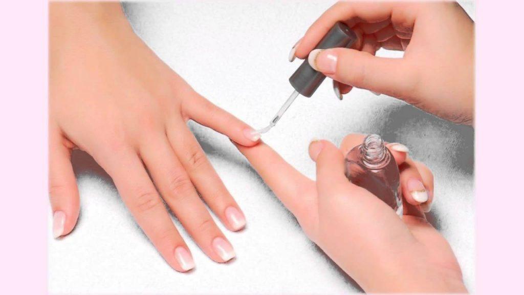 giữ sơn móng tay bền màu 7