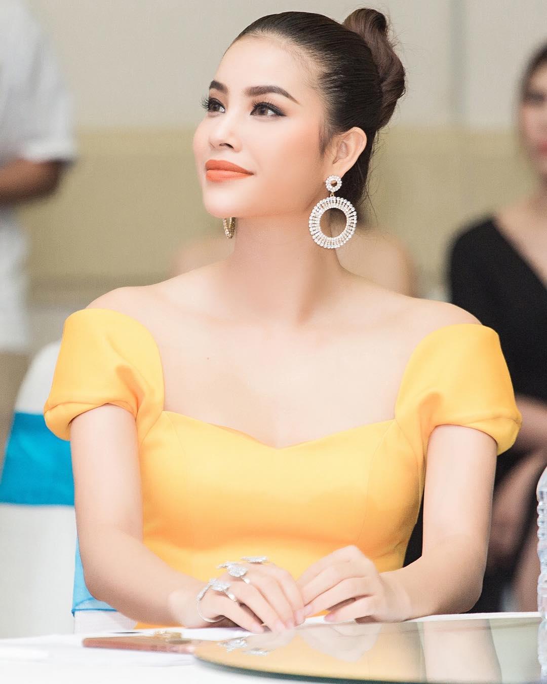 Xu hướng thời trang được sao Việt ưa chuộng 1