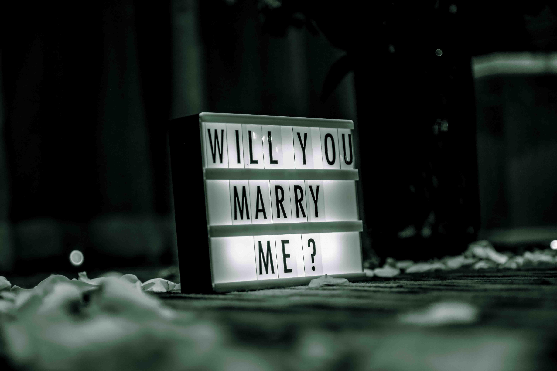 bảng chữ cầu hôn