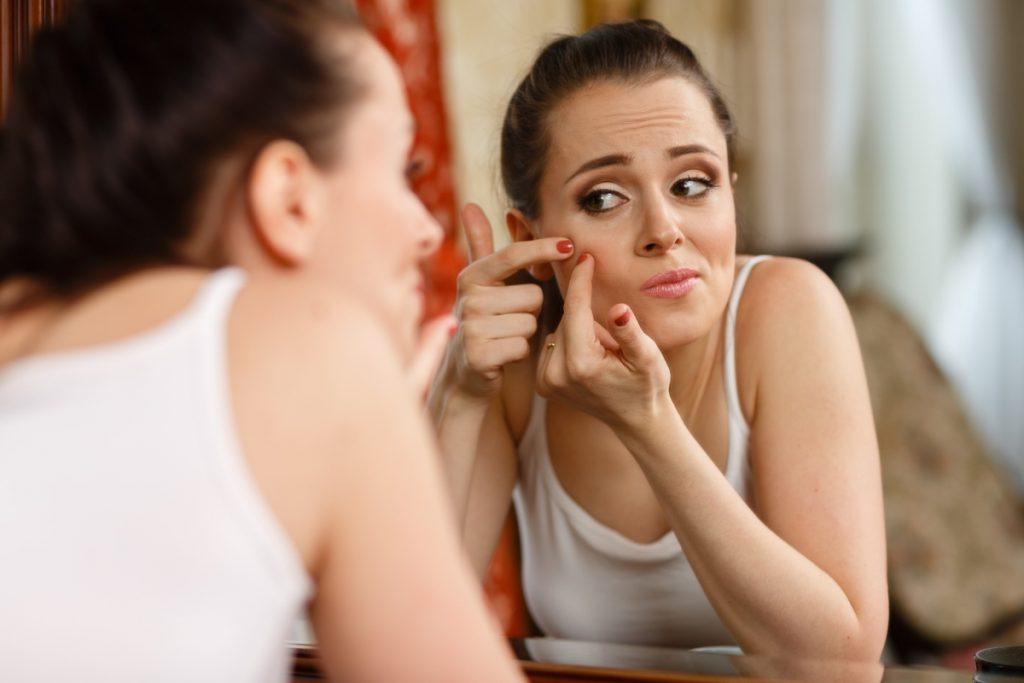 5 lầm tưởng thường thấy về nguyên nhân gây ra mụn