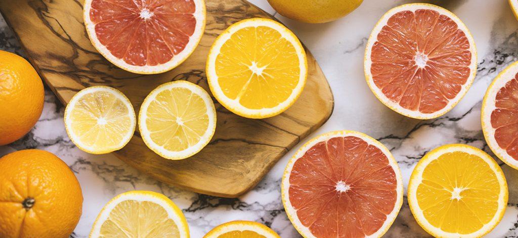 Cách sử dụng vitamin C giúp sáng da, ngừa lão hoá