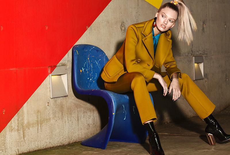 Người mẫu Maggie Laine 2