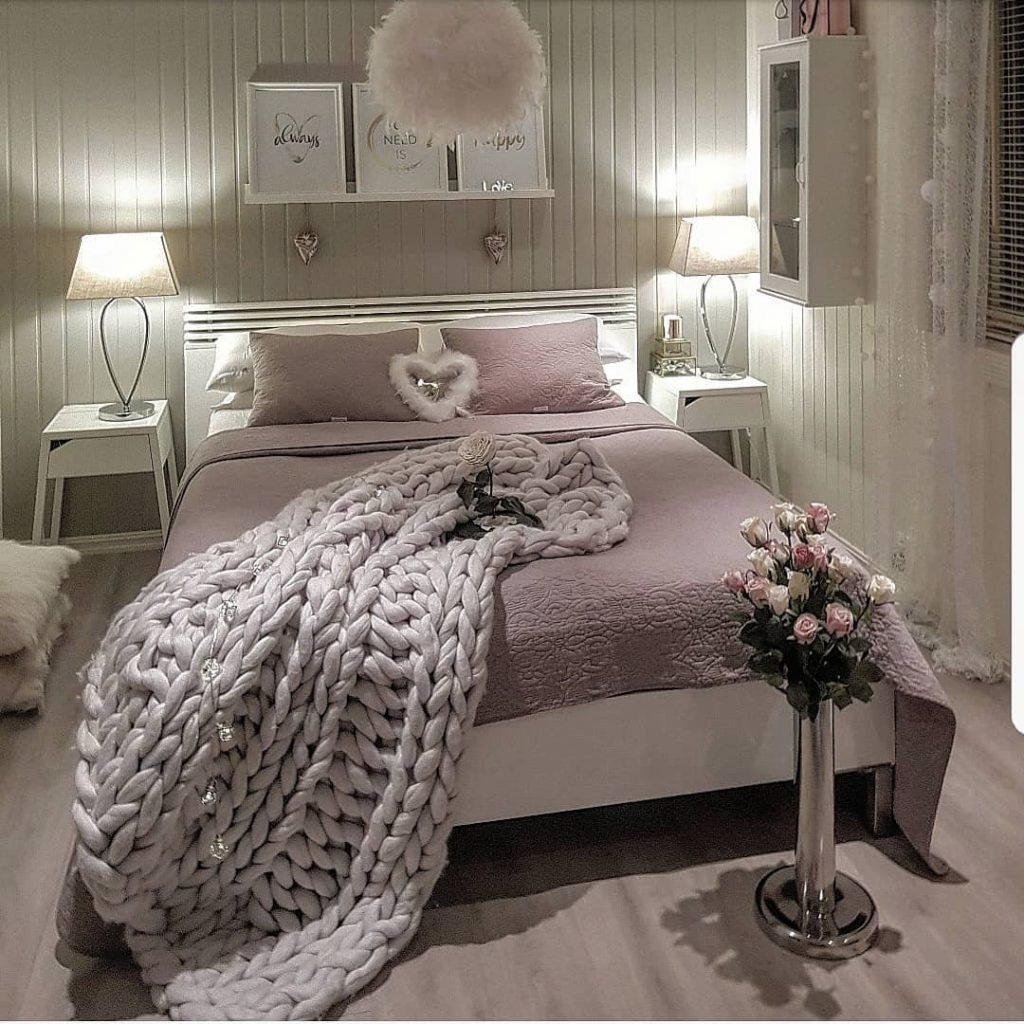 Vật dụng trong phòng ngủ của fashionista 6