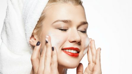 Những dòng sữa rửa mặt làm sạch sâu tốt cho da dầu