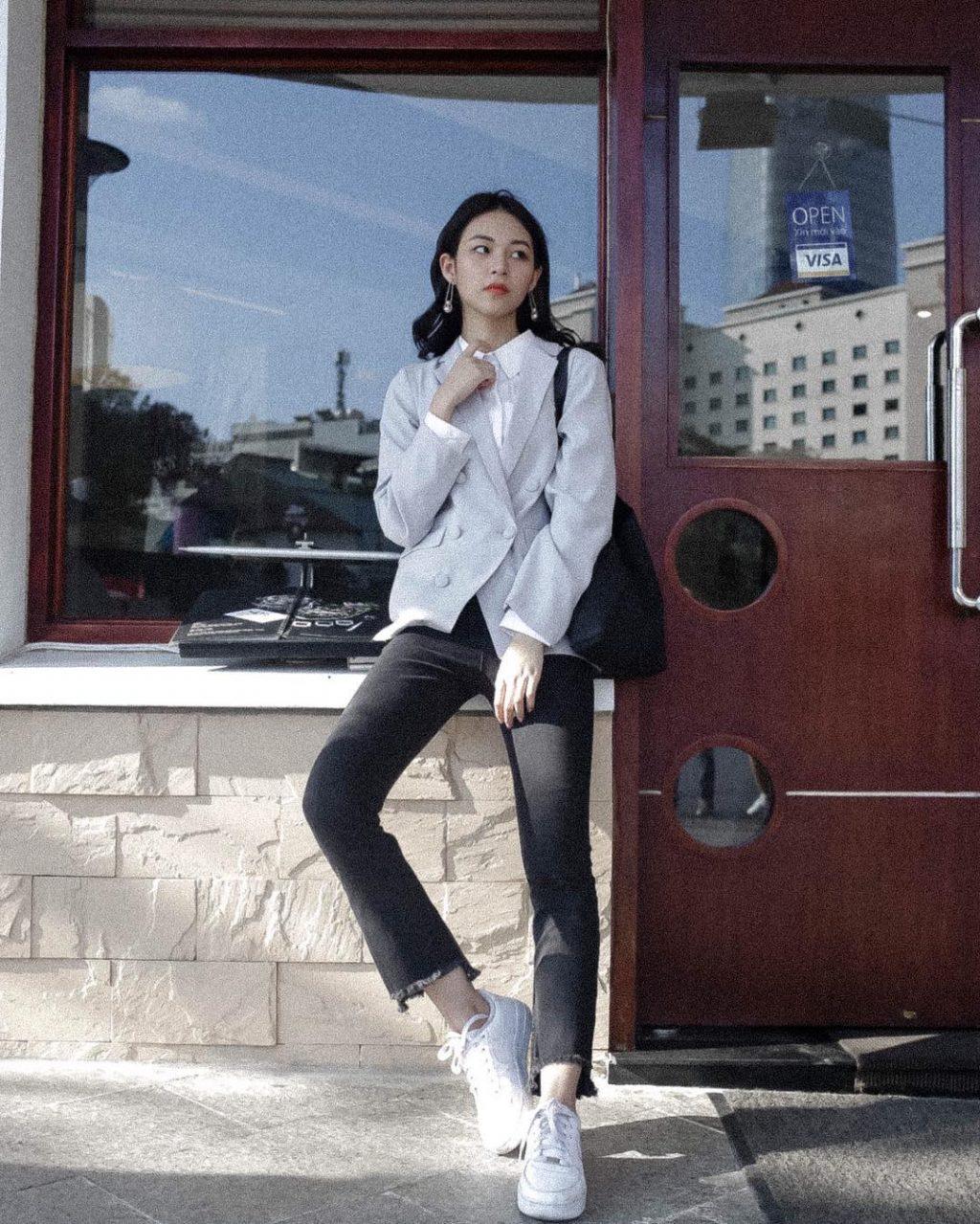 Xu hướng thời trang quần jeans được nhiều sao Việt ưa chuộng 7