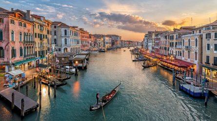 Du lịch Ý: Những địa điểm tuyệt đẹp nhất định phải ghé thăm!