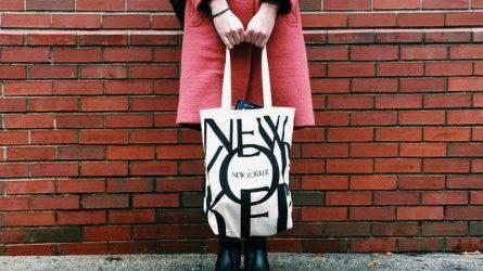 Từ chiếc bịch đựng đá, túi tote trở thành phụ kiện thời trang được yêu thích như thế nào?