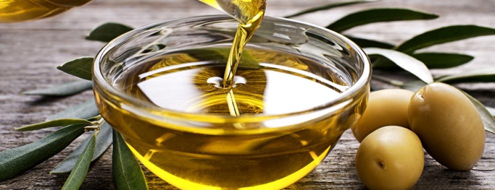 Thực phẩm dinh dưỡng cần thường xuyên bổ sung dầu olive 1
