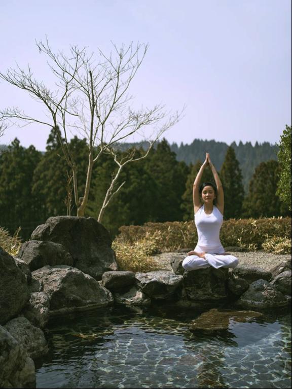 30 phút yoga mỗi ngày để giao tiếp với đất trời và thưởng thức vẻ đẹp của thiên nhiên.