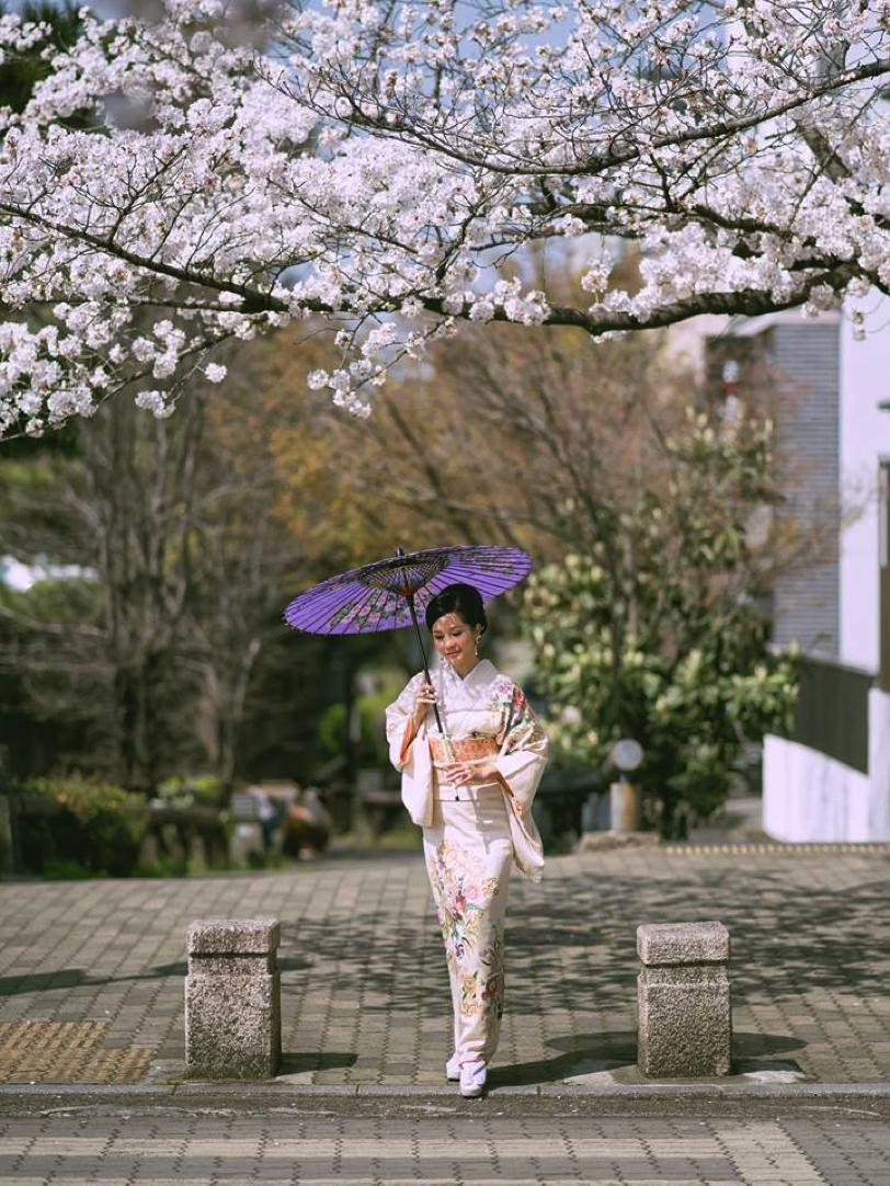 Hồng Nhung hoá thân thành cô gái Nhật tại Kyoto Nhật Bản.