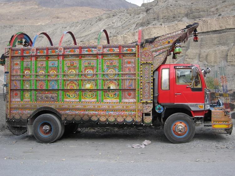 xe tải leng keng ở Pakistan 3
