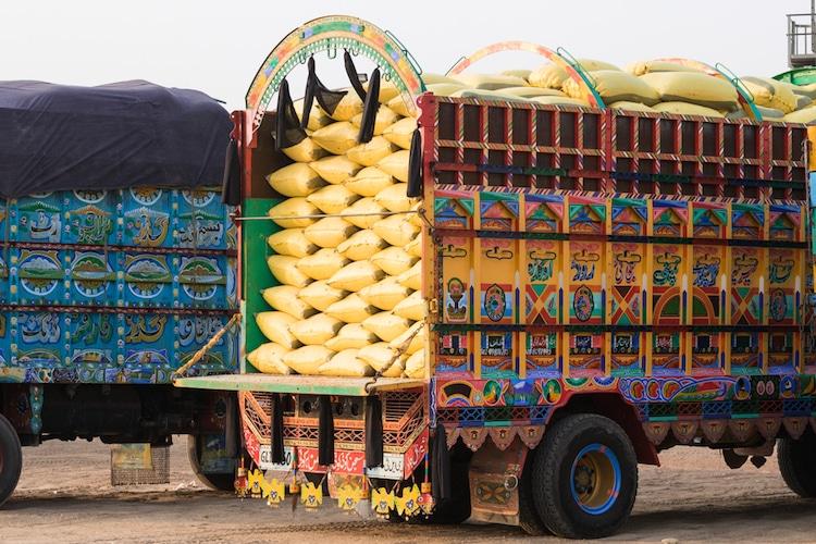 xe tải leng keng ở Pakistan 5