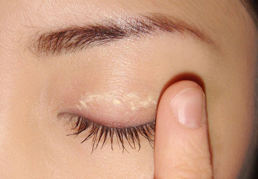 Phong cách trang điểm mắt tự nhiên 3