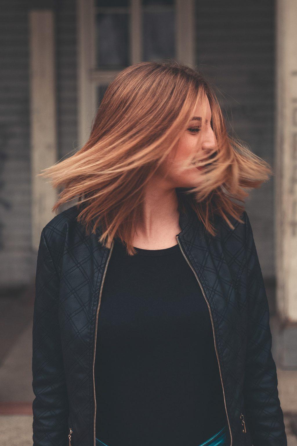 nguyên nhân gây rụng tóc của bạn