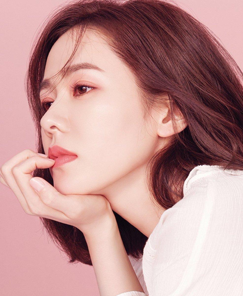 Son Ye Jin Bí mật trẻ hóa làn da 8