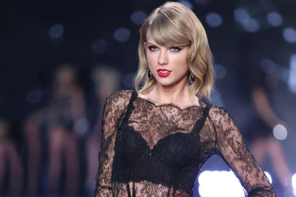 Taylor Swift được đề cử Billboard 1
