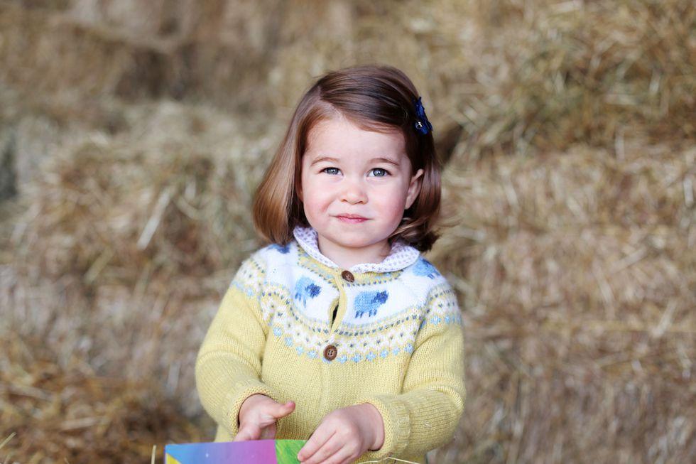 Em bé Hoàng gia Anh 30
