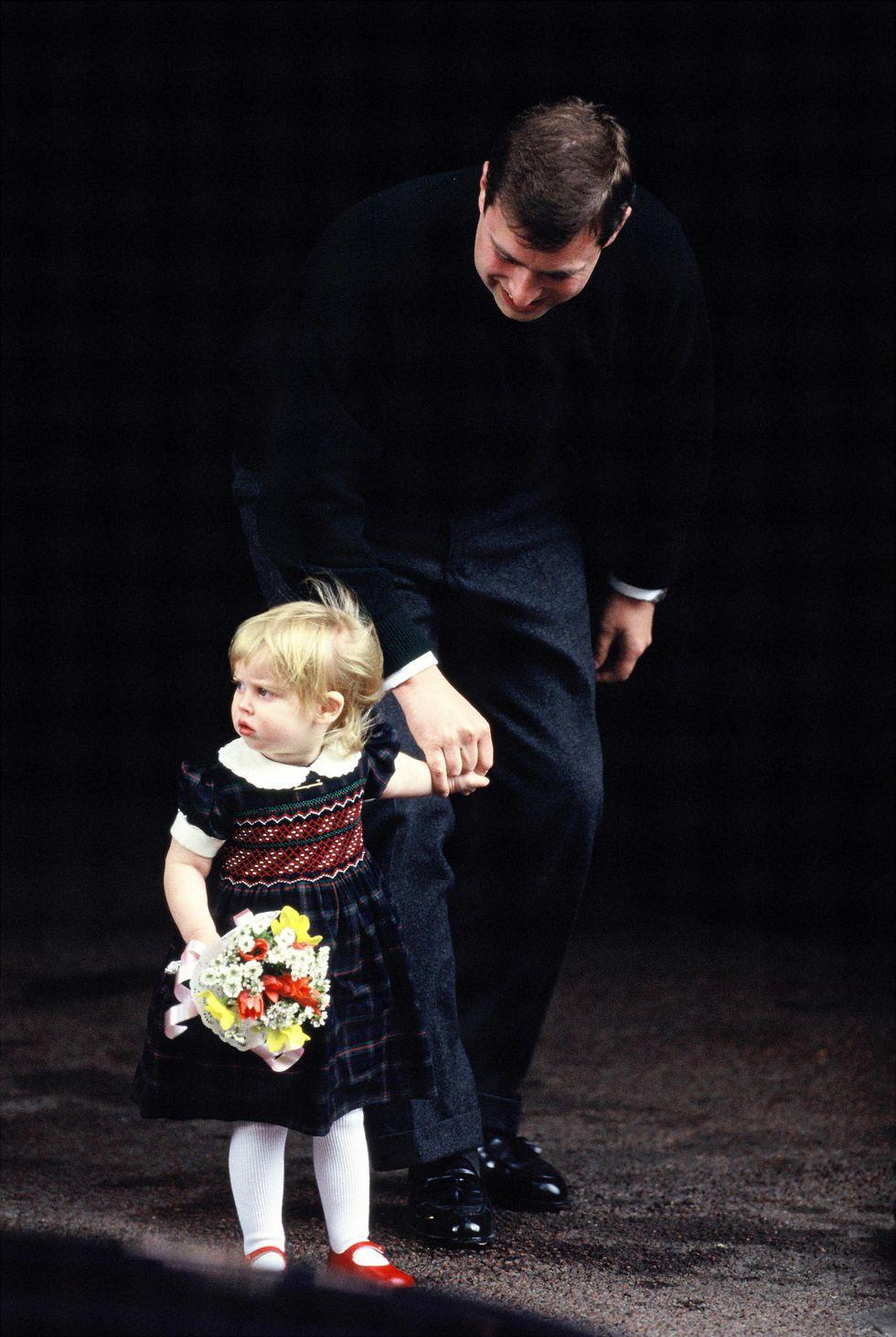 Em bé Hoàng gia Anh 7