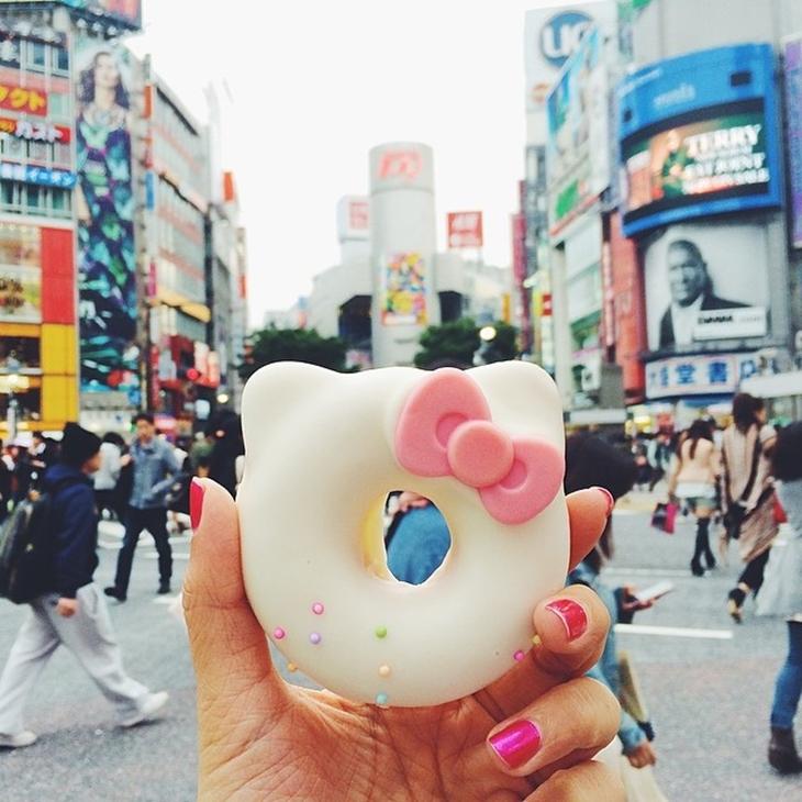 Cô gái ăn cả thế giới Instagram 6