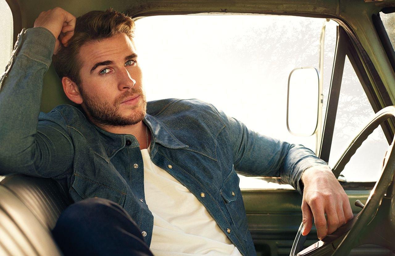 Gia đình Chris Hemsworth 3