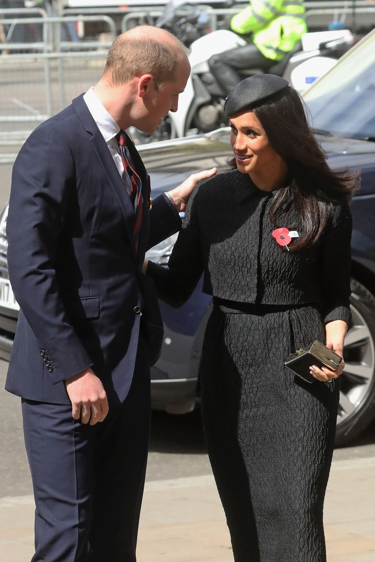 Meghan Markle gặp gỡ Hoàng tử William 2