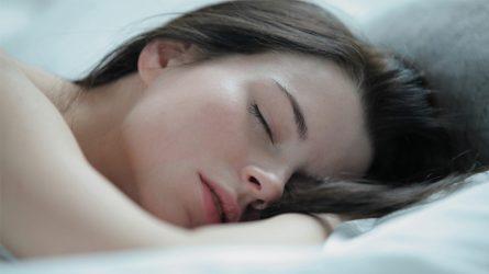 Có cần thiết phải giải tỏa căng thẳng trước khi ngủ?