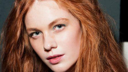 Cách chọn màu son đẹp và tô son cho đôi môi mỏng