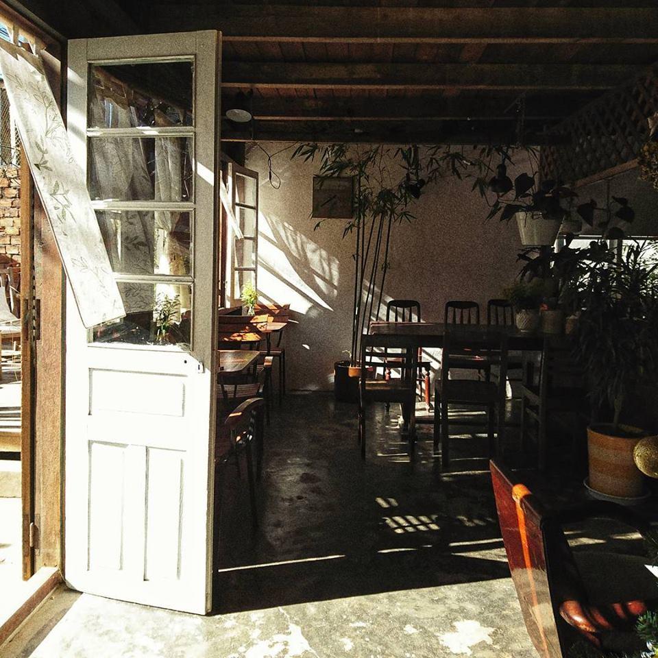 quán cà phê still 2