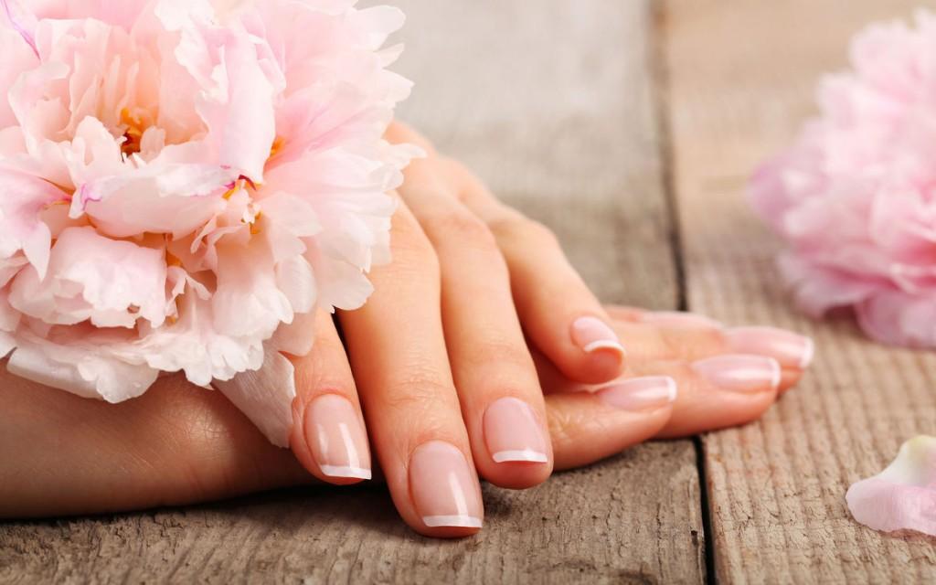 12 bí mật của cô nàng sở hữu móng tay khoẻ đẹp