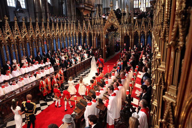 Truyền thống Hoàng gia Anh 16