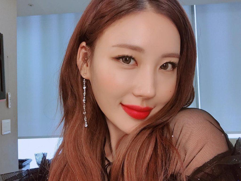 beauty blogger Hàn Quốc Risabae