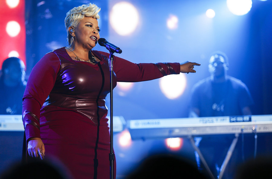 Billboard Music Awards 32