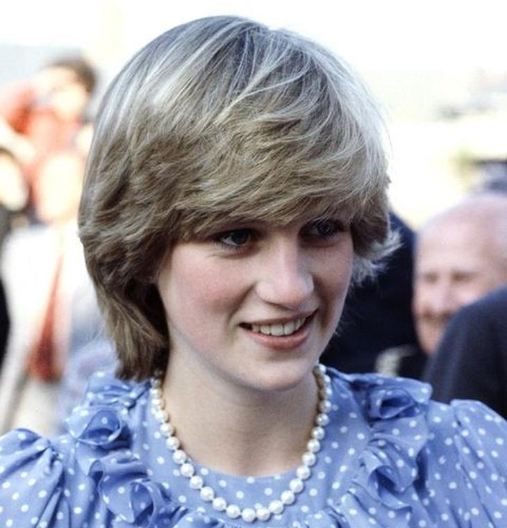 kiểu tóc đơn giản Diana 1