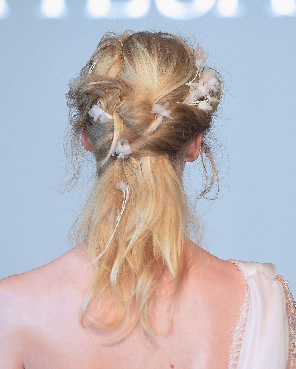 kiểu tóc dự tiệc thanh lịch Marchesa 1