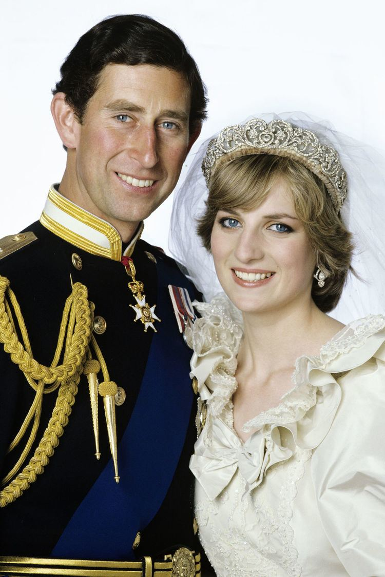 phong cách trang điểm Diana 2