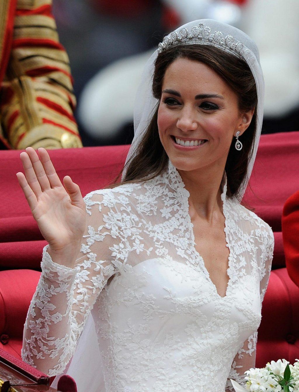 phong cách trang điểm Kate 3