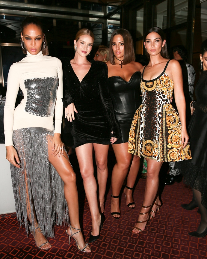 Joan Smalls, Rosie Huntington-Whiteley, Ashley Graham, Lily Aldridge Versace - elle vietnam