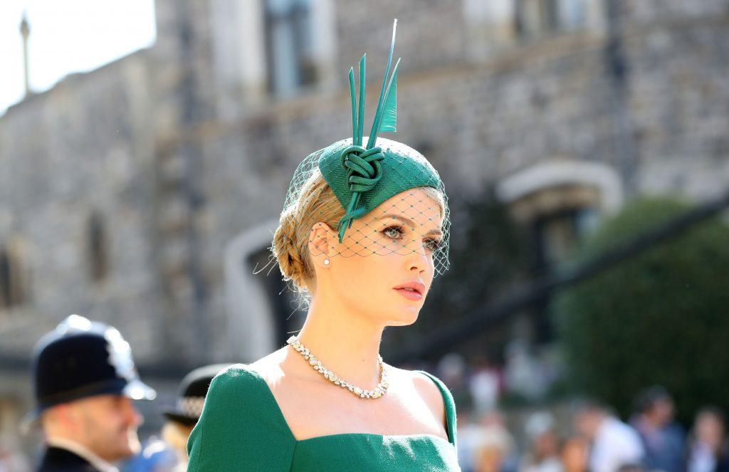 trang điểm dự tiệc hoàng gia Lady Kitty