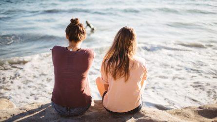 Bạn nên làm gì khi bạn của mình mắc bệnh trầm cảm?